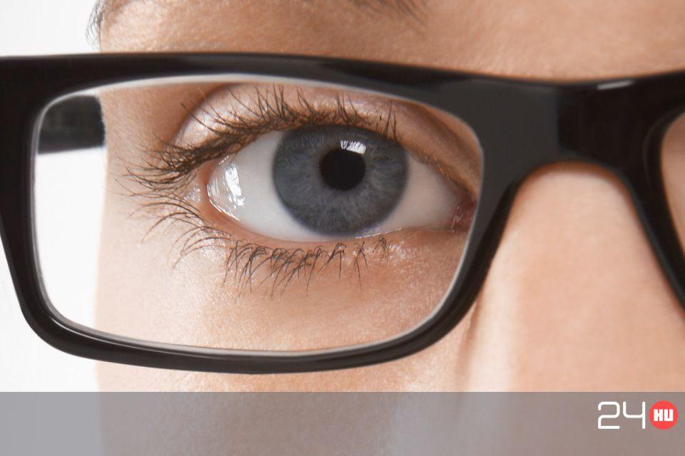 szemészt keres