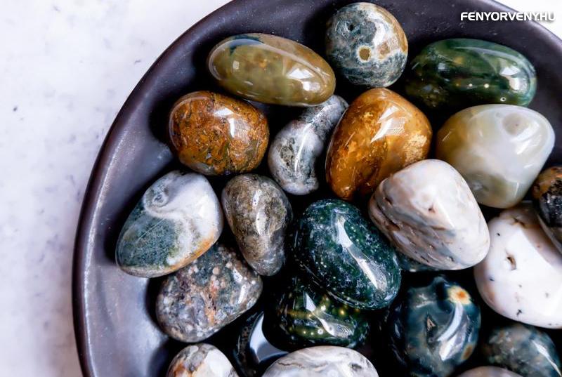 kövek, amelyek javítják a látást
