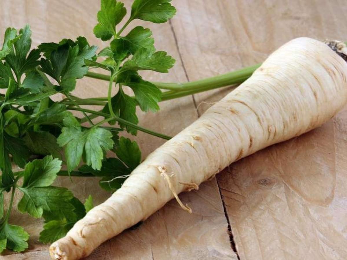 A petrezselyem nem csak ételízesítő hanem gyógynövény is.