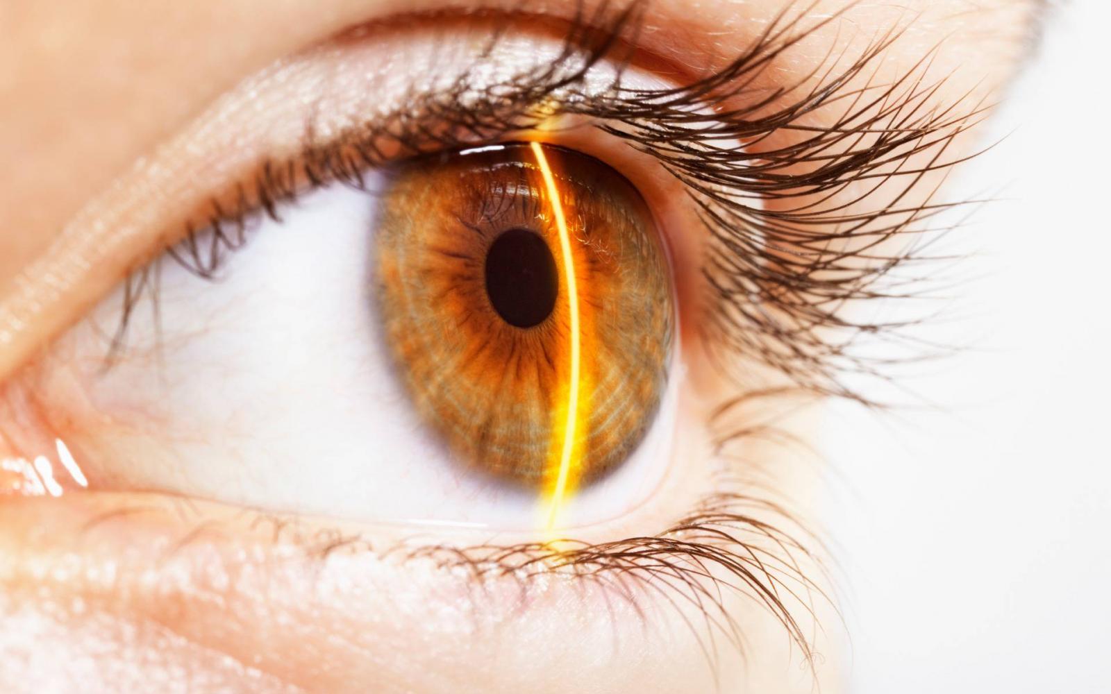 a látás csökkenése myopia szövődmények