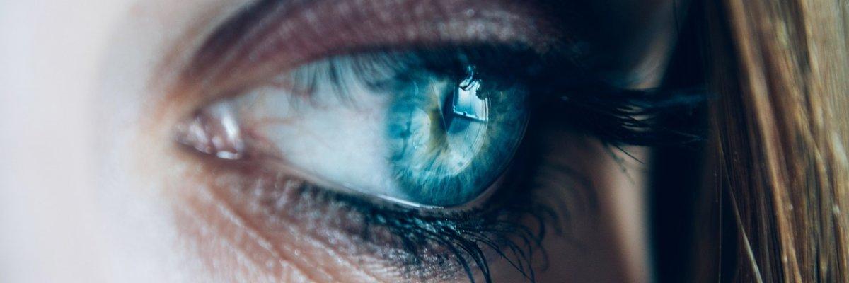 homályos látás a könnyek miatt balkezes látás