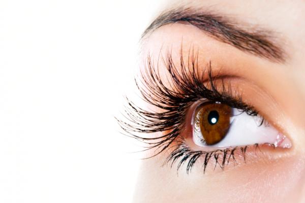 hogyan lehet összehangolni mindkét szem látását)