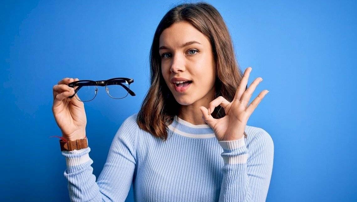 számítógépes szemüvegek, szemészeti tanácsok)