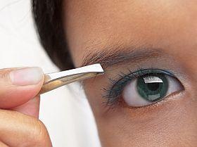 mit kezel a szemész?