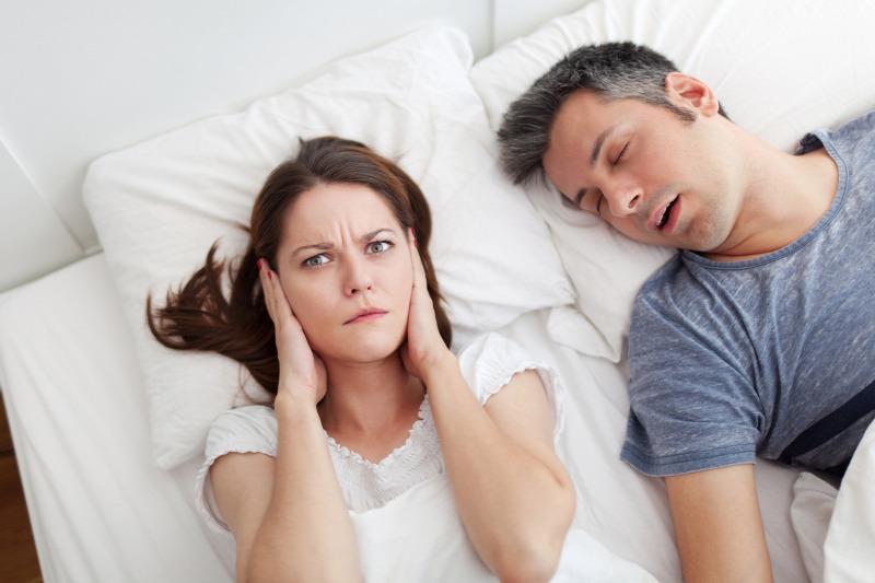 álmatlanság homályos látás