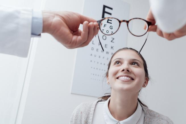 dioptriák és a látás százalékos aránya)