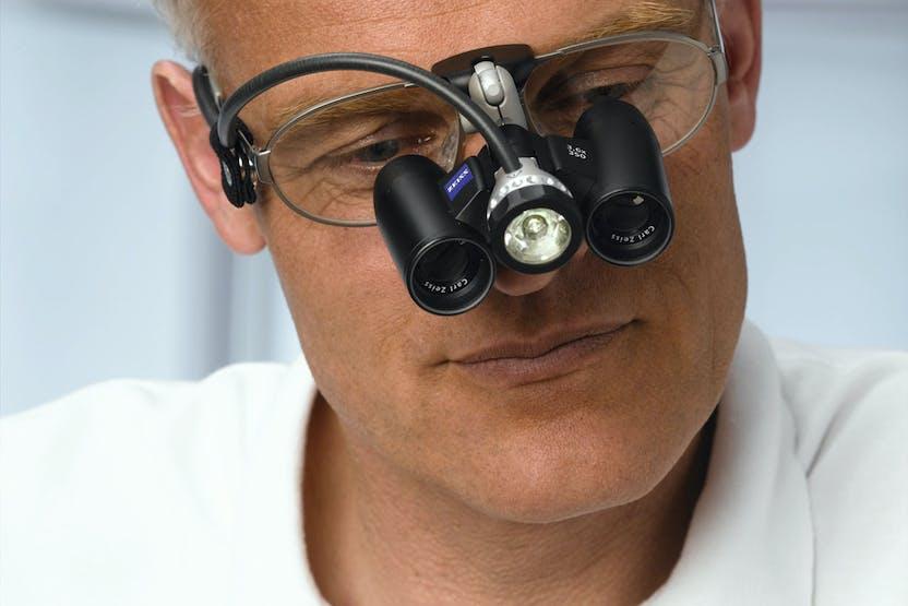 Érintés nélkül %-os éles látás 2 perc alatt -