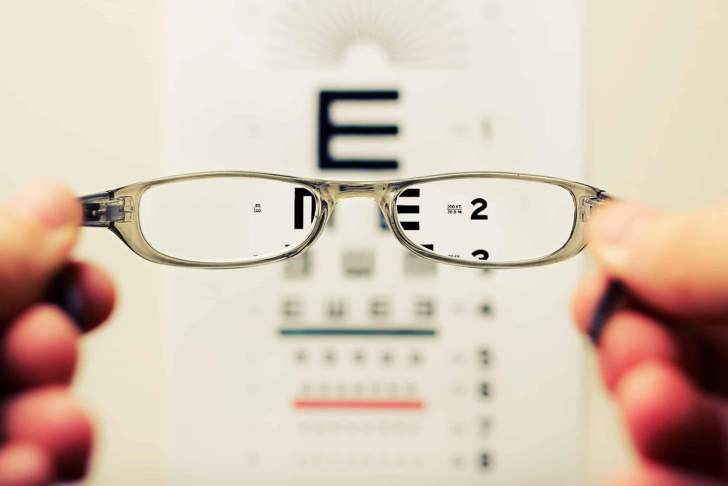 Mit jelent a látás 0,1 és 0,2?