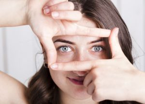 melyik ujj felelős a látásért)