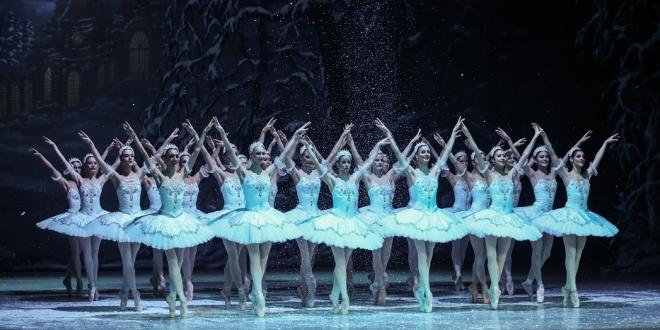 rövidlátás és balett)