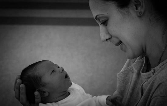 befolyásolják a szülés látását